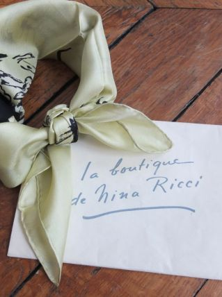 Foulard Nina Ricci neuf, vintage années 50