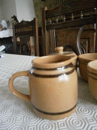 Service à café en grès 18 pièces