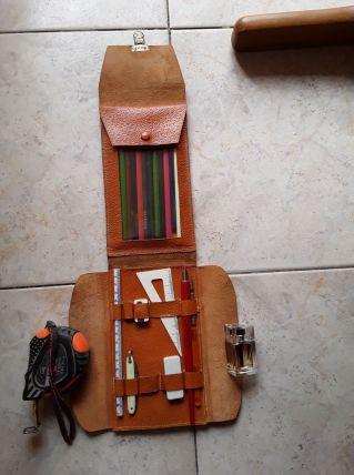 Trousse d'écolier en cuir années 60