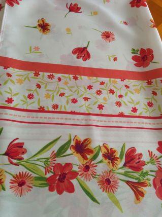 Nappe 100% polyester, motifs fleuris, jolis contrastes