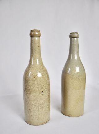 2 Bouteilles à vin en terre