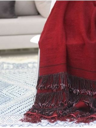 Plaid vintage fait main en laine rouge avec franges noirs