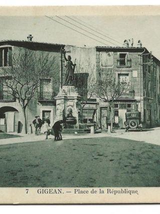 CPA - GIGEAN (34) Place de la République