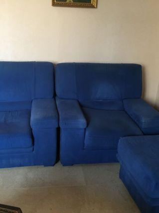 Salon microfibre : canapé+ 2 fauteuils + un pouf