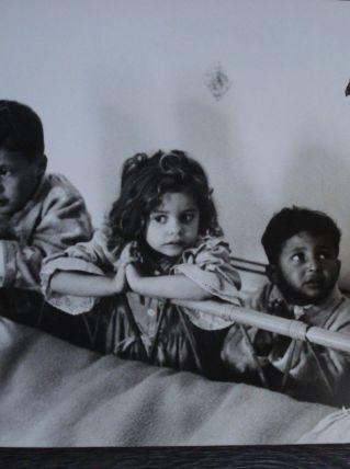 Photo de Jo Bouillon et 3 enfants de J. Baker