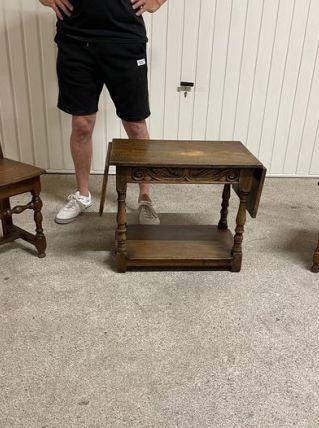 table basse en chêne travaillée 1890