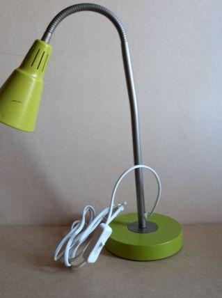Grande lampe de bureau flexible verte