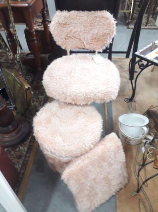 """ensemble """"moumoute"""" chaise , pouf et coussin"""