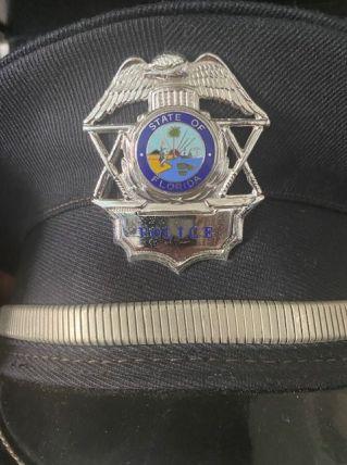 Véritable Casquette Police USA Floride avec son badge  Année