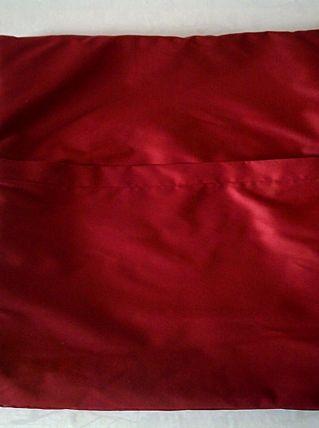 Housse de coussin en tissu d'ameublement imprimé des fleurs