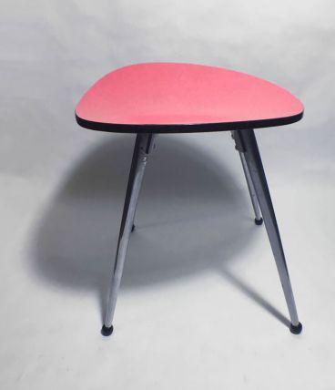 Tabouret formica rouge
