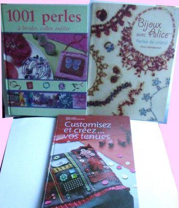 Lot de 3 beaux livres Loisirs créatifs sur les perles et la customisation