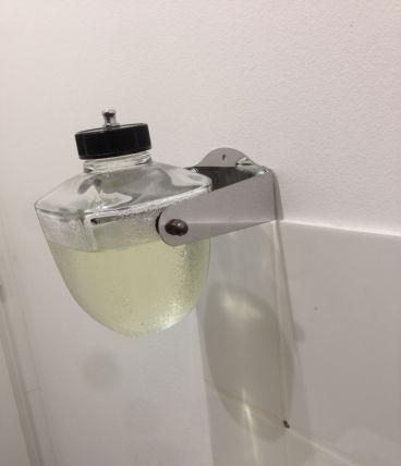 Ancien distributeur de savon des années 50/60