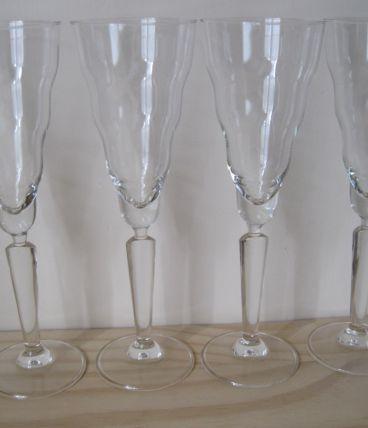 4 coupes à champagne
