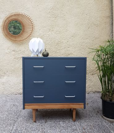 commode vintage en bois et bleu luckyfind. Black Bedroom Furniture Sets. Home Design Ideas