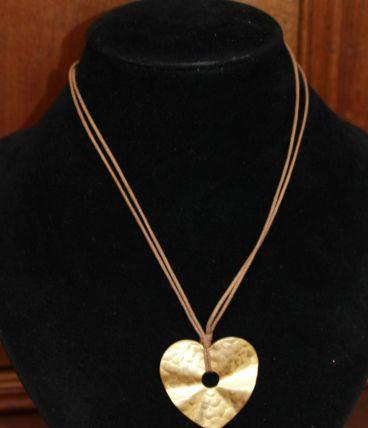 Collier coeur effet dore romantique