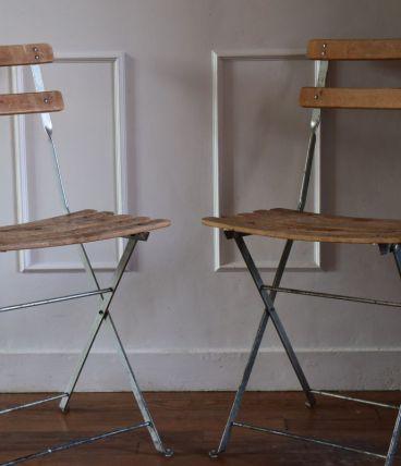 Deux chaises pliantes de jardin