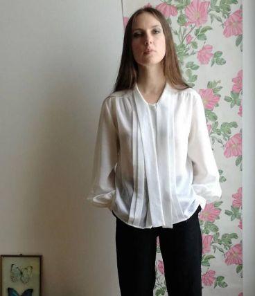louise chemisier vintage blanc transparent col lavalli re luckyfind. Black Bedroom Furniture Sets. Home Design Ideas