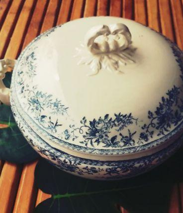 Soupière GIEN - Bouquet de roses - blanc bleu