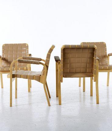 4 sièges en cuir – Alvar Aalto