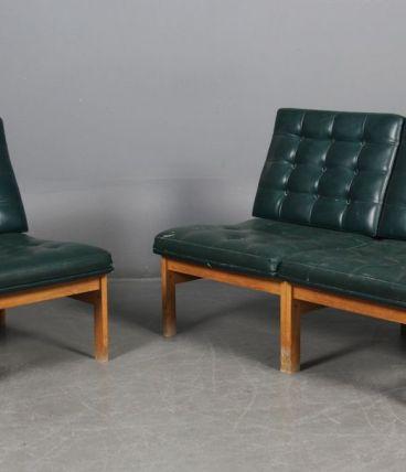 Deux fauteuils modulables en cuir