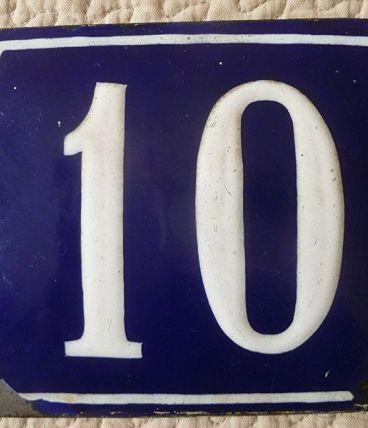 Plaque émaillée bleu numérotée 10