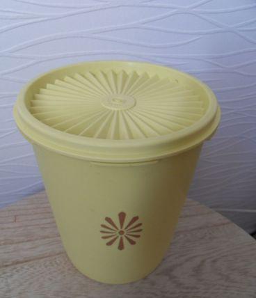 Boîte haute Tupperware soleil