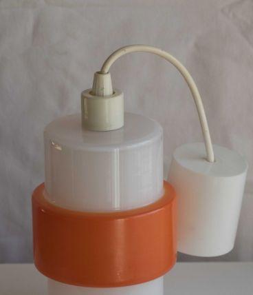 Suspension en opaline blanche et orange des années 70