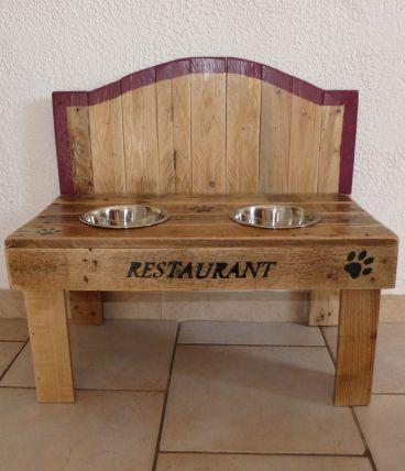 "Restaurant style ""bois natuel"""