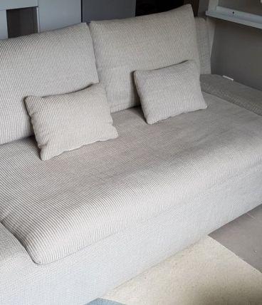 Canapé Habitat Kasha gris clair