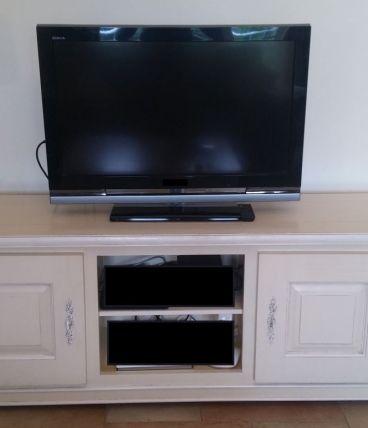 Meuble Tv Style Provencal 50 Tres Bon Etat Luckyfind