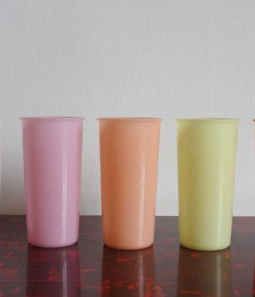 5 gobelets plastique Tupperware