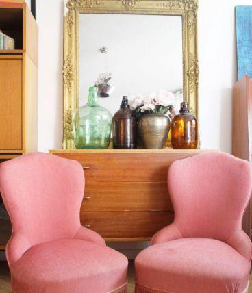 Paire de fauteuils crapauds vintage rose