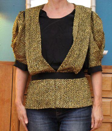 blouse manche courte motif leopard T38-40 vintage retro ann