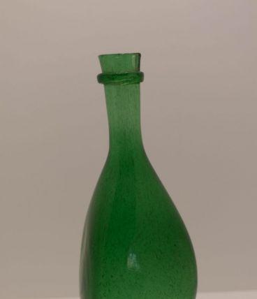 Bouteille en verre soufflé ancienne