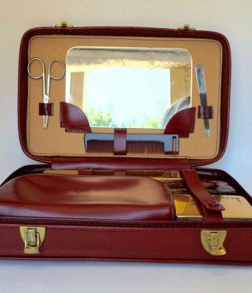 Valise nécessaire de voyage vintage