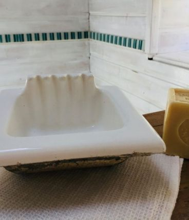 Porte-savon en porcelaine