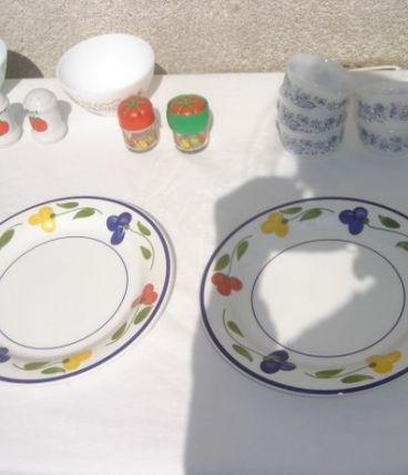 Lot de 2 Assiettes décor fleurs TOTAL VINTAGE
