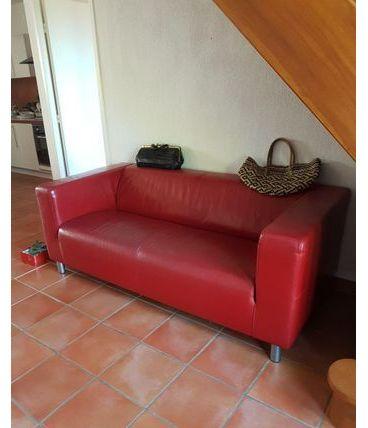 Grand canapé en sky/simili épais rouge