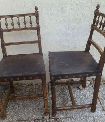 lot 2 chaises anciennes en bois et cuir