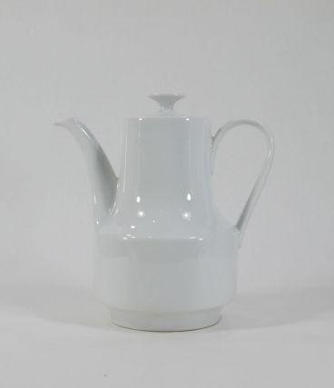 Petite cafetière en porcelaine