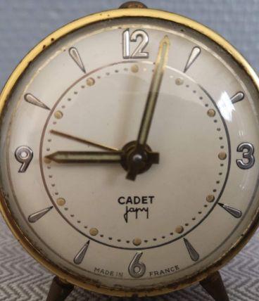 petit réveil ancien marque Cadet Japy