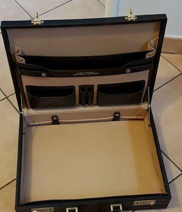 Mallette PHILIPS attaché case en cuir en TBE