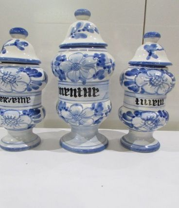 3 pots à tisane dans le style pots d'officine