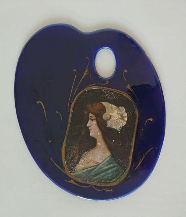 Dessous de plat Palette de peintre en faïence Art Nouveau