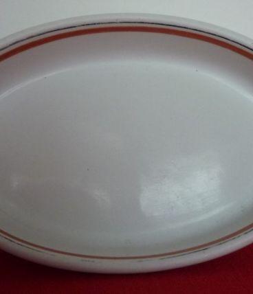 Petit plat au four porcelaine d'Auteuil