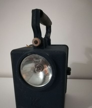 "Ancienne lampe ""SNCF"" ou ""Agral"""