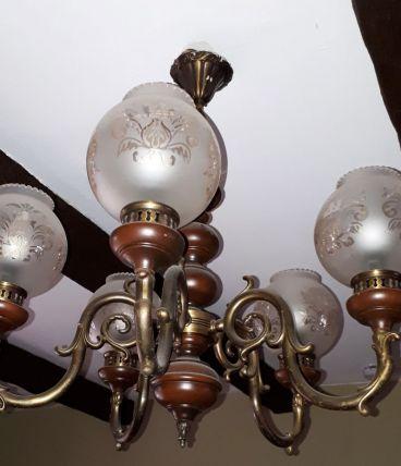 Lustre rustique avec 5 globes en verre