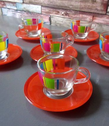 6 tasses a moka  style 1970 en verre   réedition vintage