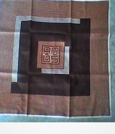 foulard grès Paris